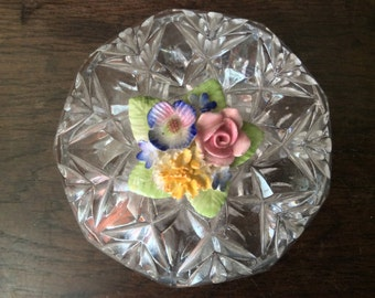 Vintage English Crystal Glass Box Bowl Pot with Flower Topping Trinket Jewellery Dish circa 1970's / English Shop