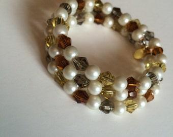 Golden Delight Memory Wire Bracelet