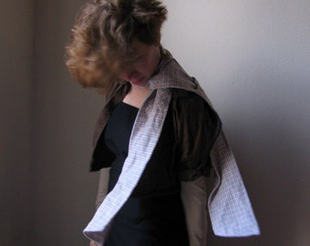 Scarf made from recycled flannel shirt with two pockets - Shoulder Shirt - Pale Past