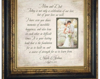 Parents Wedding Gift, Sign, MOM & DAD, Wedding Gift For Parents, Father of The Bride, Mother of The Bride, Reception, Shower, 16 X 16