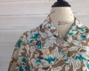 Vintage 1980s Floral Shirt : Adorable Stuff in Tan, Teal, and White