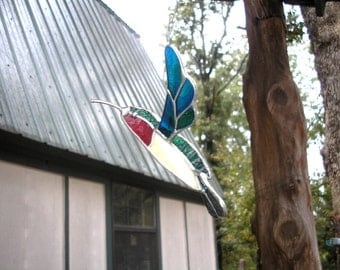 LT Stained glass 3D Hummingbird sun catcher light catcher made with blue green mix clear glass