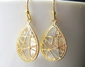 White Topaz Gold Teardrop Earrings / Bridesmaids / Glass Dangle Drop Earrings / Bridal / 14K Gold Filled Wire / Gift / Crystal Clear Glass