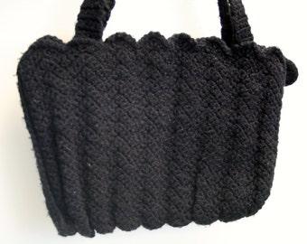 1970s Black Crocheted Handbag with Scalloped Detailing