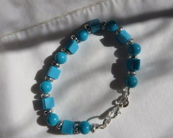 """7 1/4"""" Turquoise Beaded Bracelet with Lobster Claw Clasp"""