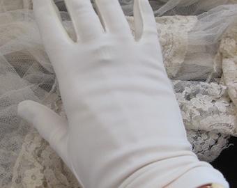 Beautiful Ivory Van Raalte Ladies Gathered Nylon Gloves