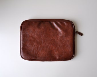 Large Brown Faux-Leather Zippered Pouch / Case