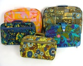 TEMPORARILY REDUCED was 98.88 5 pc wholesale lot of vintage 60s 70s Mod Floral Cloth Suitcases Travel Luggage