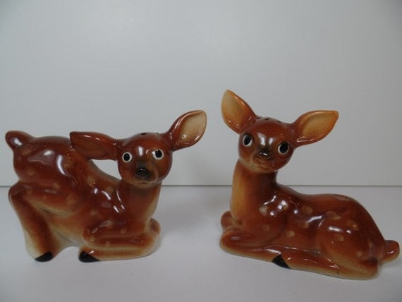 Vintage Salt & Pepper Shakers: Baby Deer Shaker Set