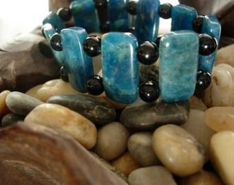 Stretch beaded bracelet 6.5 to 7.5 inch wrist black onyx blue