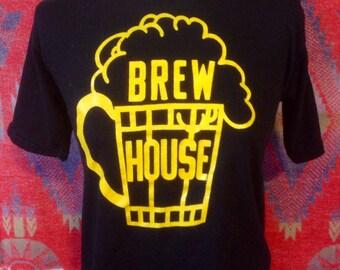 Vintage Brew House t shirt Walnut Hills USA M
