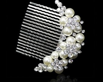 Crystal & Pearl Bridal Hair Comb.