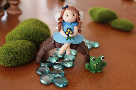 Polymer clay fairy clay fairy fairy garden accessory for Garden accessories online