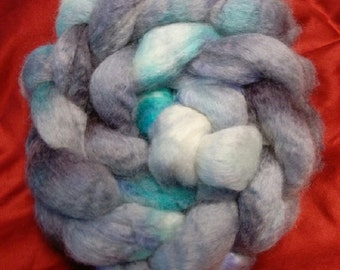 4 oz.  Bluefaced Leicester (BFL) wool roving; Doctor Who