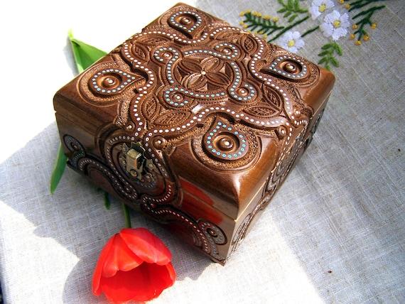Jewelry box Wooden box Ring box Memory box Carving wedding gift Wooden boxes Jewellery carving boxes Wood boxes Wood carving schatulle B38