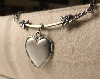 Valentine's day silver heart french romantic necklace victorian Paris love gift for her