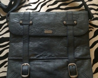 Genuine leather satchel with 2 main compartments