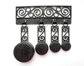 Vintage Measuring Spoons Set of 4 Black Plastic Faux Filigree Mini Pans w/ Hanger Retro Kitchen