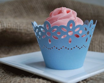 Daisy Cupcake Wrappers In your choice of color Qty 12