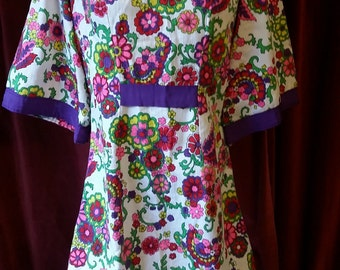 Boho Chic 1970s Maxi Floral Multi Color Dress small Poppys Red pink purple small medium