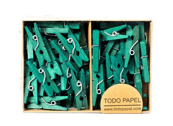 25 Mini clothespins in Kelly green for St Patricks day 1 inch small wood pegs. Irish luck