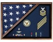 Walnut 5 X 9.5 Flag Memorial Case - Folded Corner