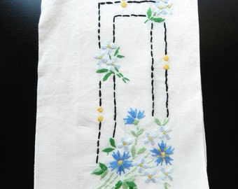 Vintage White Light Blue Spring Blooms Daisies Black Green Embroidery Linen Towel