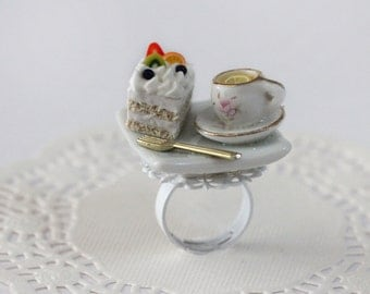 Tea Party Ring - cake Ring  - Miniature Food Jewelry - Pastry Ring - Tea Party Jewelry- Pastry Jewelry - kawaii ring
