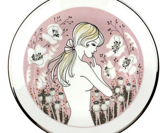 Decorative Risque Vintage Art Wall Plate by TK Thun, Czechoslovakia