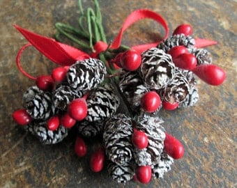 Rustic Pine Cone Gift Wrap Embellishment Vintage 60's Christmas Holiday Picks