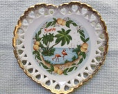Vintage souvenir of Florida hanging plate  heart shape