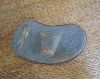Vintage Pins Nez EyeGlass Spectacles Case.