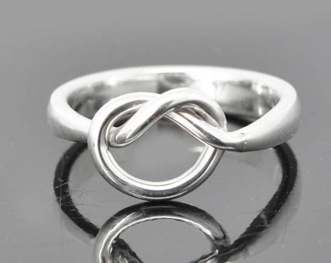 Infinity Ring, Engraving Ring, Knot Ring, Best Friend, Promise, Personalized, Friendship, Sisters, Mother Daughter, Sterling Silver Ring