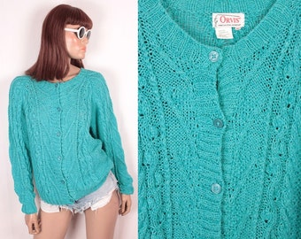90s cable knit cardigan // soft and slouchy