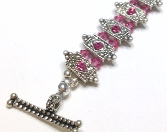 "Handmade 8"" Rose Pink Faceted CRYSTAL BRACELET  Genuine Swarovski Crystal Settings Silver Accents Toggle Clasp Pure Sparkle"