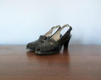 1940s shoes . vintage 40s black heels . slingback peep toe heels