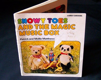 Vintage Children's Book - Snowy Toes and the Magic Music Box - 1978