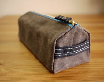 Waxed Canvas Man's Dopp Kit - Vegan Cosmetic Pouch Toiletry Bag