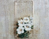 Pretty White Floral iPhone 5 or 5s Case