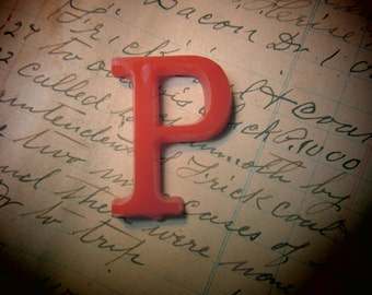 Letter Sign Vintage SMALL 1 1/2 Inch Letter P Sign RED Plastic Display Alphabet vtg Craft Crafting Supply Supplies Wall Art Pop Art Retro