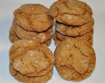 12  Ginger Snap Spice Cookies  Holiday Christmas Cookie Gift