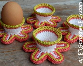Flourishing eggcup set by ATERGcrochet