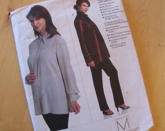 Vogue Maternity Sewing Pattern 2866 - Lauren Sara - Misses Petite Maternity Shirt and Pants - Size 8-12