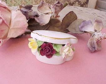 Lovely Royal Doulton Porcelain Roses in Trinket Box