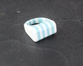 Lucite Striped Blue and White Mod Ring