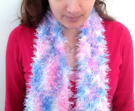 Knitting Patterns For Trendy Scarves : Trendy multicoloured knitted scarf