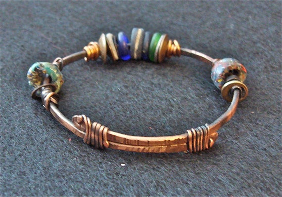 Hand forged copper and glass bead bracelet