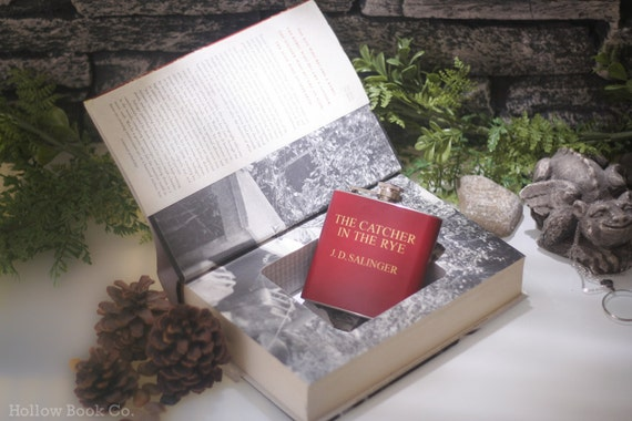 Hollow Book Safe & The Catcher in the Rye hip flask - J.D. Salinger