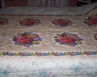 Beautiful floral throw quilt