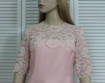 Vintage 1960s Pink Mini Dress Lace Size Small